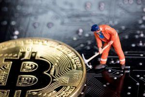 Powerfull Miners Simply Elevated Strain on Smaller Gamers Forward of Bitcoin Halving