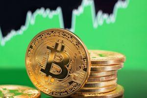 Bitcoin Returns Above USD 9,000, Altcoins Drop Towards BTC